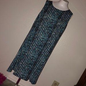 🐬5/10$ pretty flowy dress